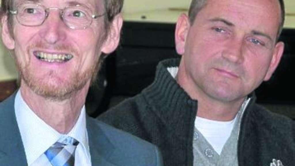 Dekan Dr. Martin Arnold (links) und <b>Ralph Beyer</b> leiteten die Sitzung. Foto - 1114160419-524827615_344-41a7