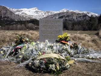 Germanwings, Absturz, Le Vernet, Gedenkstein