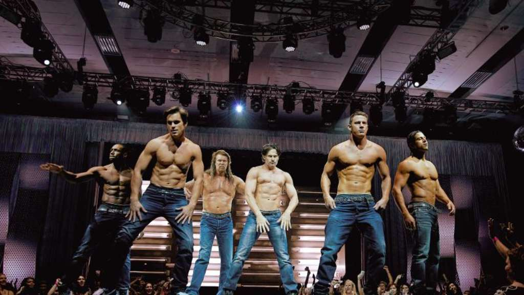 "Die Stripper-Truppe um ""Magic Mike"" (Channing Tatum, M) betritt wieder die Bühne. Foto: Warner Bros. Entertainment Inc. and Ratpac-Dune Entertainment, LLC"