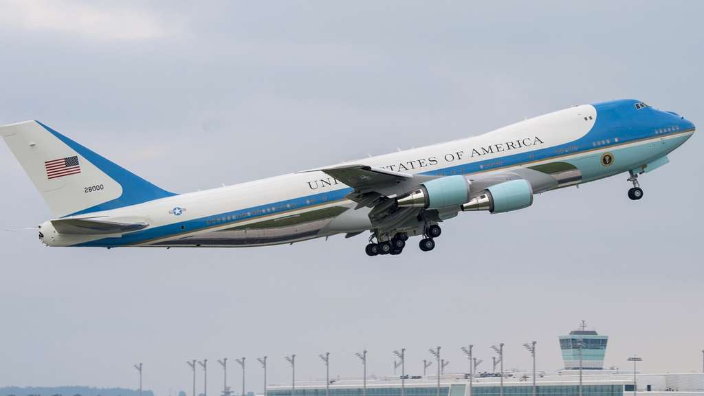 airforceone-boeing-dpa