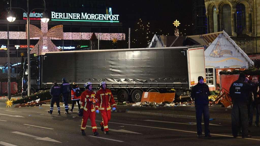 Weihnachtsmarkt Berlin Beginn.Polizei Neun Tote Bei Anschlag Auf Berliner Weihnachtsmarkt Panorama
