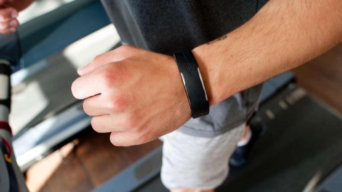 fitness wearables patzen bei kundenrechten gesundheit. Black Bedroom Furniture Sets. Home Design Ideas