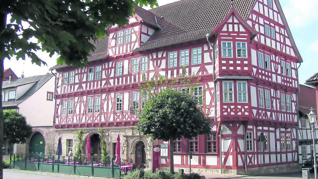 Das Hotel Und Restaurant Zum Schwan In Wanfried Bietet Kostliche