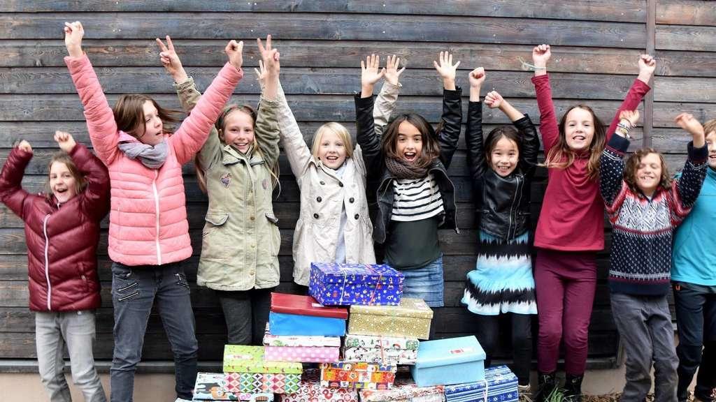 Weihnachten Im Schuhkarton Bilder.Schüler Der Freien Waldorfschule Beteiligen Sich An Der Aktion