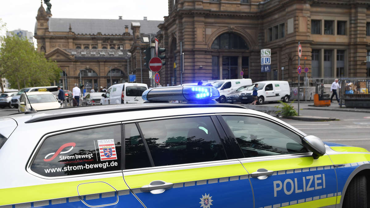 Polizei Frankfurt Hauptbahnhof